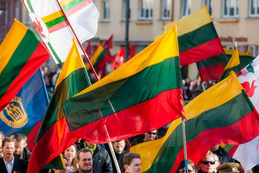 Su Kovo 11-ąją Lietuvos nepriklausomybės atkūrimo diena!